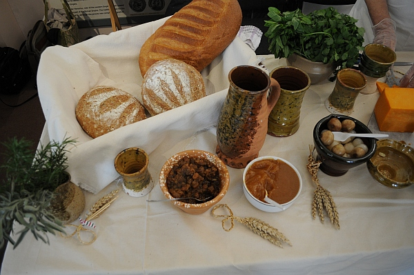 Medieval-dishes