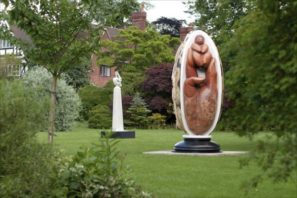 Sculptures at University of Leicester Botanic Garden