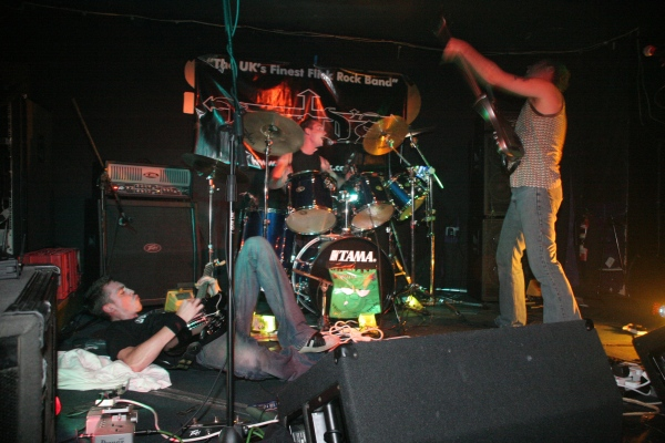 Skam playing at The Shed in 2005
