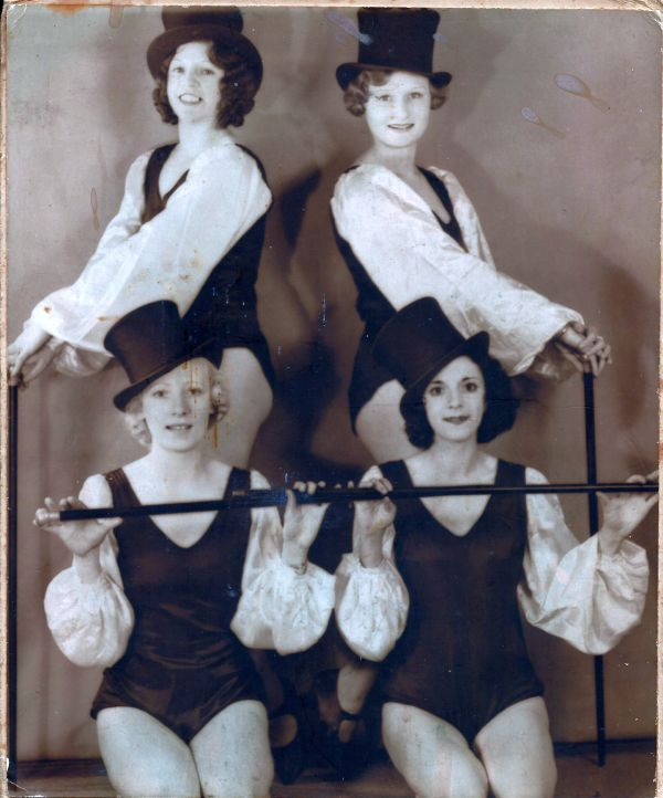 Doris as a dancer in 1934
